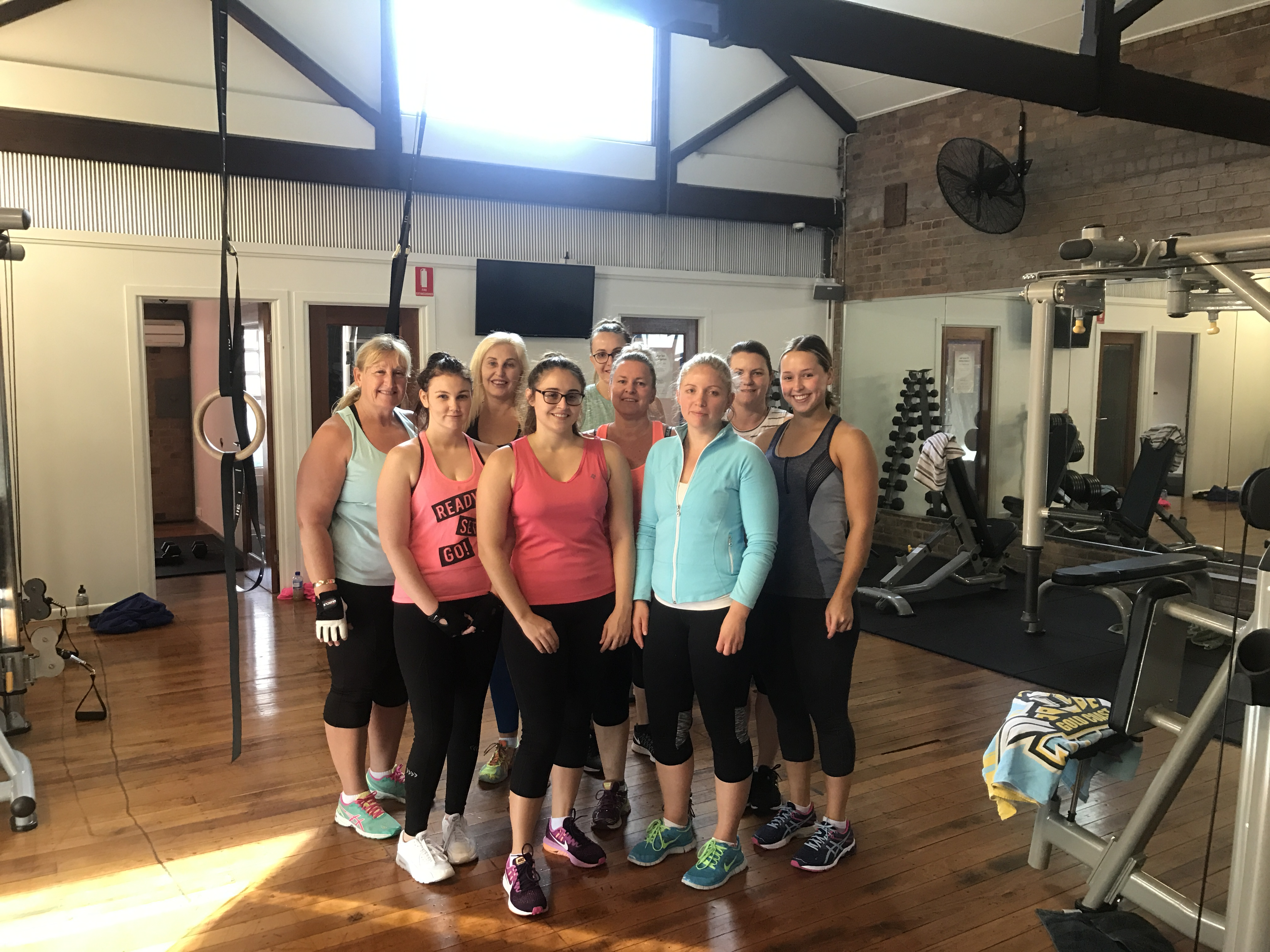 Lose weight, tone up or get fit as a team